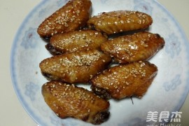 杭州学烧烤的学校:烤鸡翅的做法_家常烤鸡翅的做法