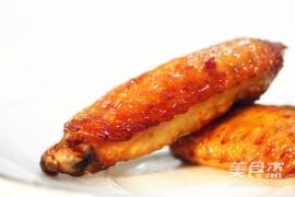 烤鱼用什么烤的:烤箱鸡翅的做法_家常烤箱鸡翅的做法
